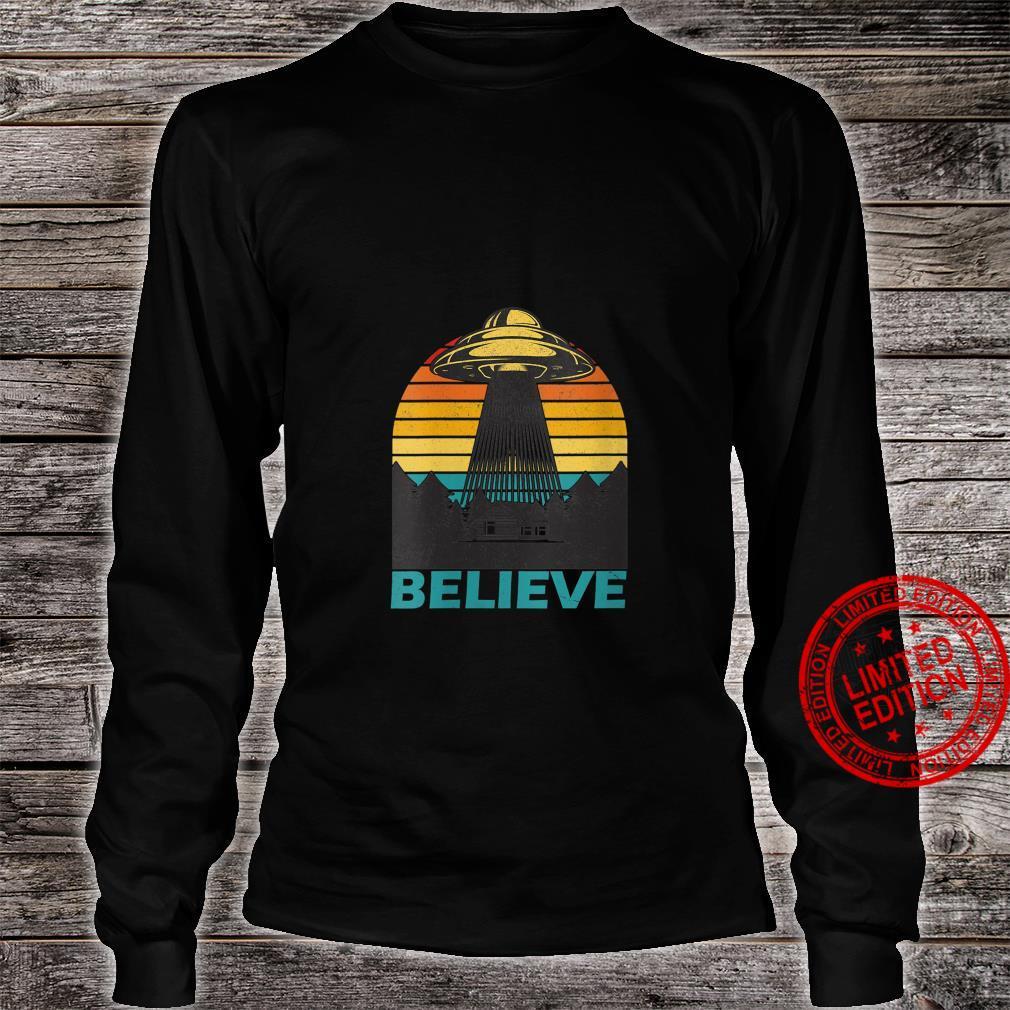 Womens Alien Spaceship UFO Retro Vintage Believe Extraterrestrial Shirt long sleeved